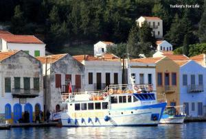 Meis Express Ferry From Kaş