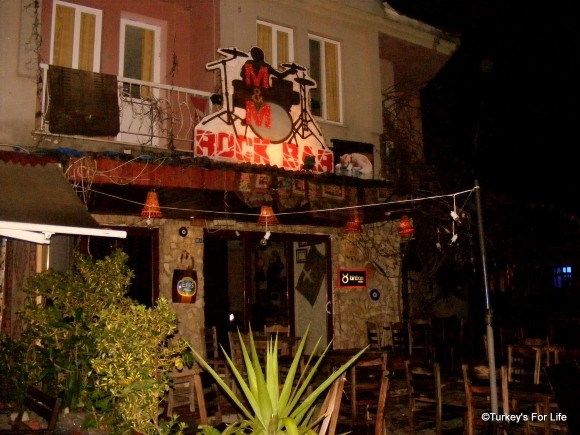M&M Rock Bar in Dalyan