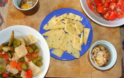 Kars Gravyer Cheese Served With Pickles