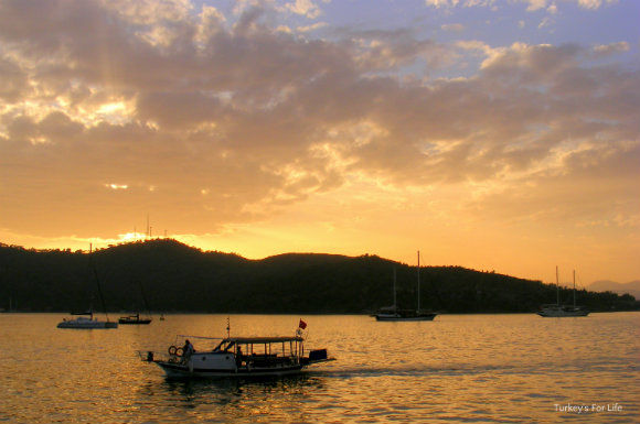 Fethiye Calis Beach Water Taxi At Sunset