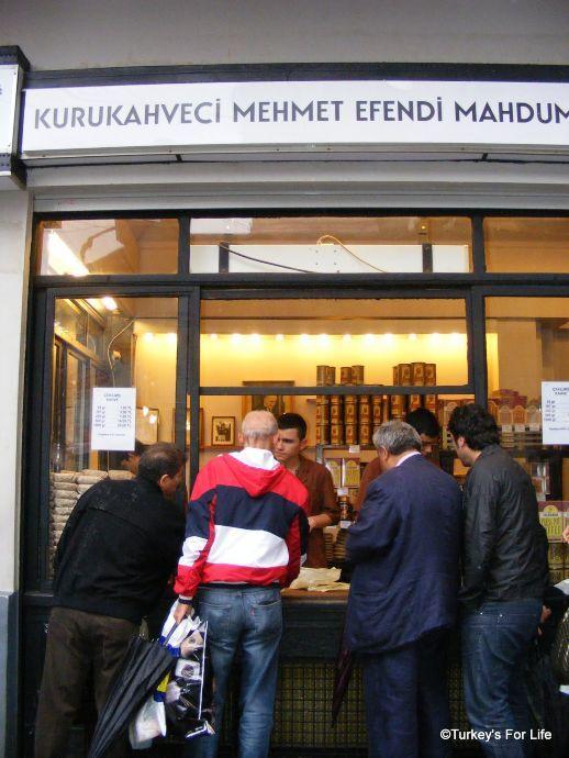 Kurukhaveci Mehmet Efendi, Istanbul