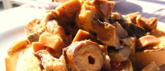 Çintar On Toast