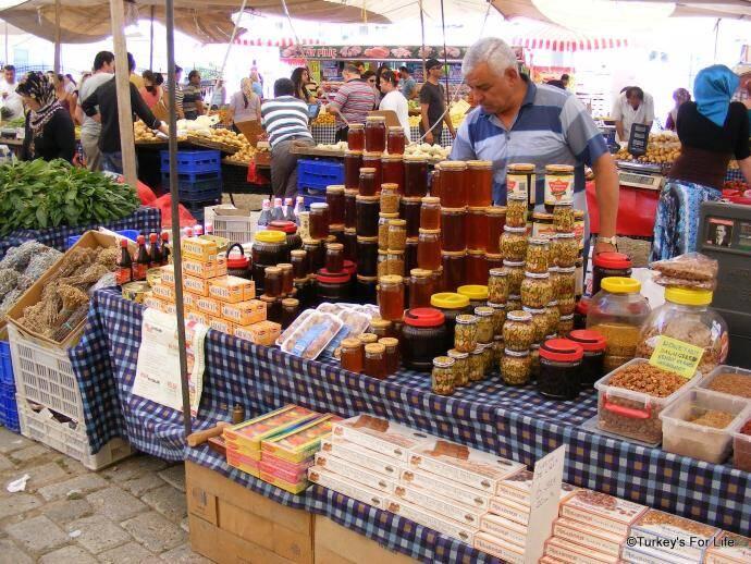 Çalış Sunday Market, Turkey