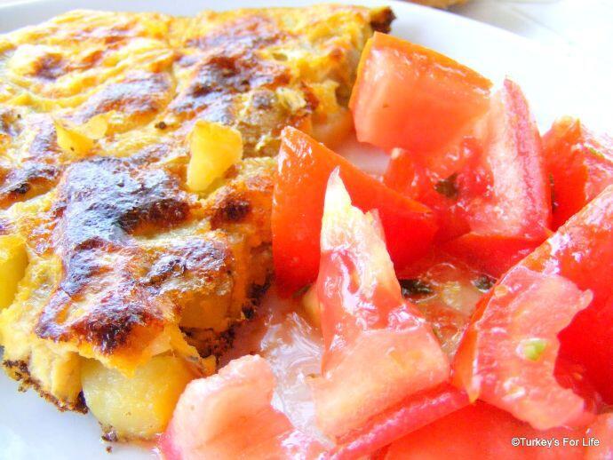 Summer Tomato Salad Serving