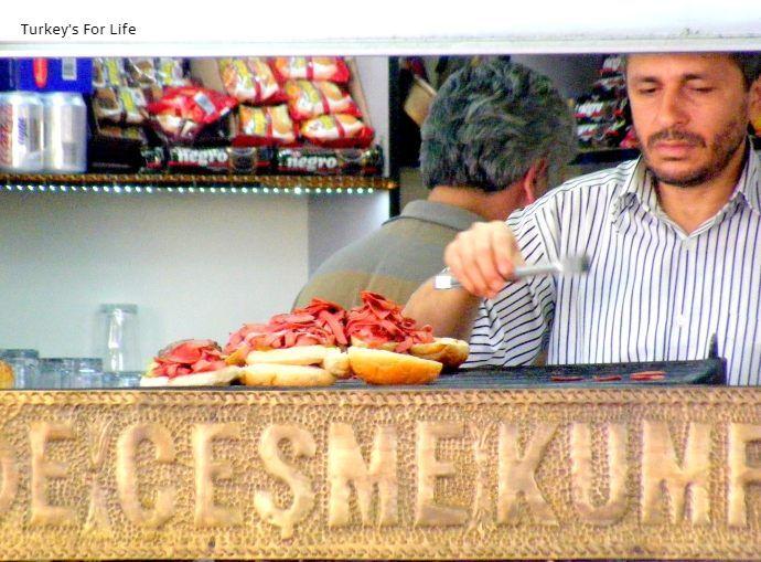 Making Çeşme Kumrusu