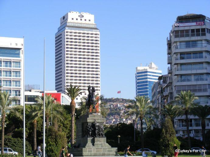 Kadifekale From Cumhuriyet Square