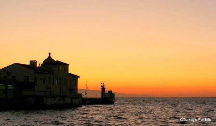 Pasaport Pier, Izmir