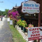 Bülent'in Yeri – A Kayaköy Comfort Blanket