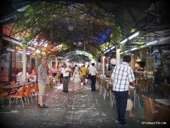 Kemeraltı Food Area, Izmir, Turkey