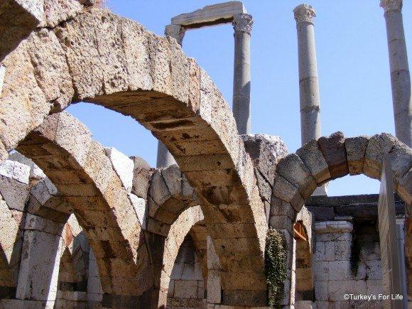 Roman Arches, Izmir Agora