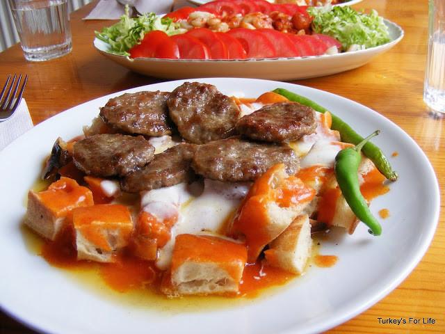 Eating Köfte In Eskişehir