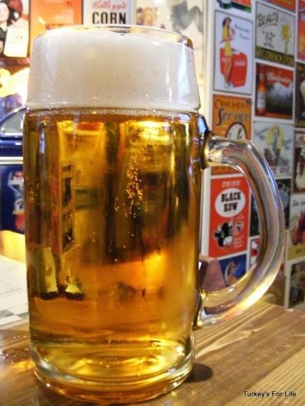 Beers At Traveler's Cafe, Eskişehir