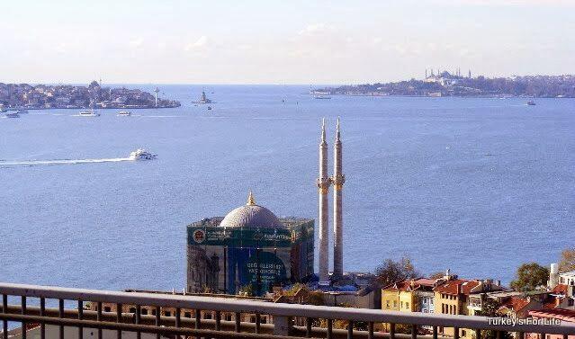 Istanbul Marathon, Ortaköy Mosque