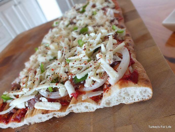Lavaş Bread Pizza