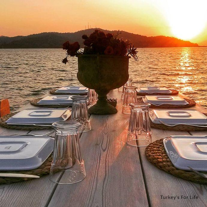 Sunset Dining