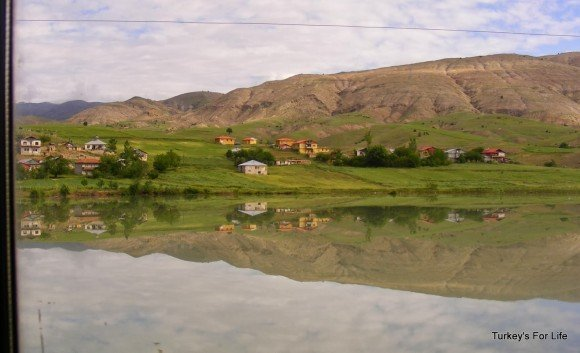 Travel In Turkey - Ankara To Kars By Train