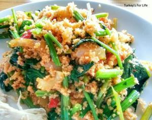 Spinach Stem Salad Serving