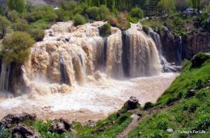 Muradiye Waterfalls, Van