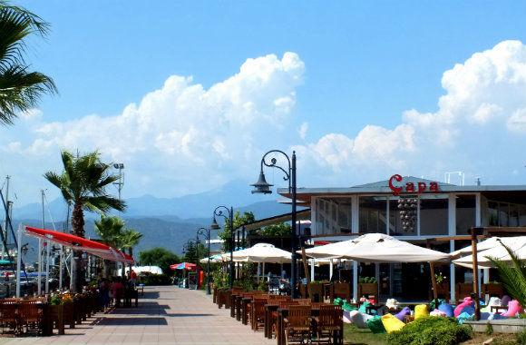Çapa Restaurant Along Fethiye Harbour