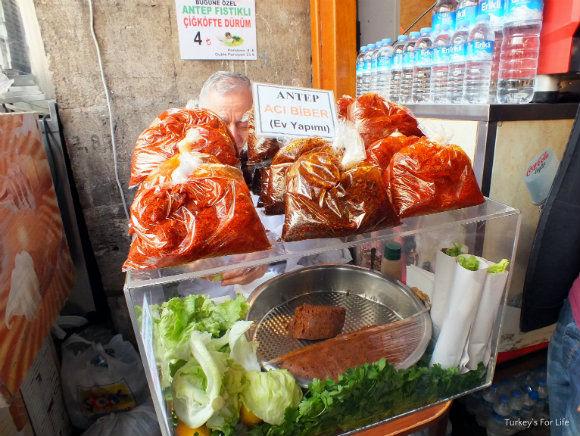 Çiğ Köfte Street Food In Istanbul