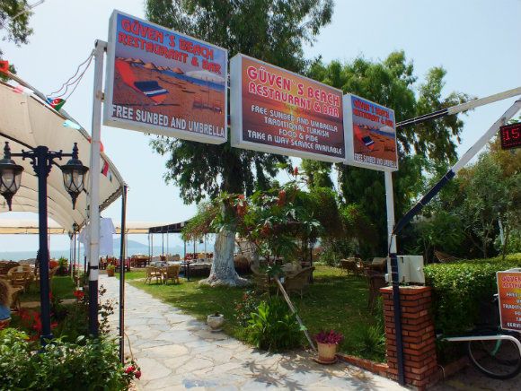Güven's Restaurant And Bar Along Calis Beach