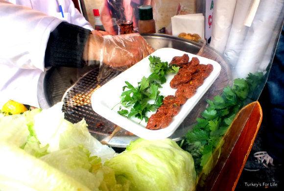 Turkish Street Food. Cig Kofte In Istanbul