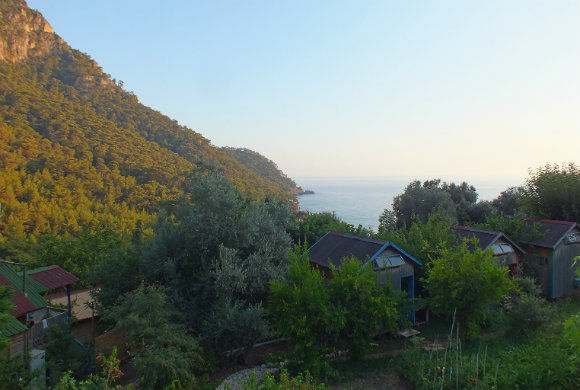 Sultan Camp Bungalows In Kabak