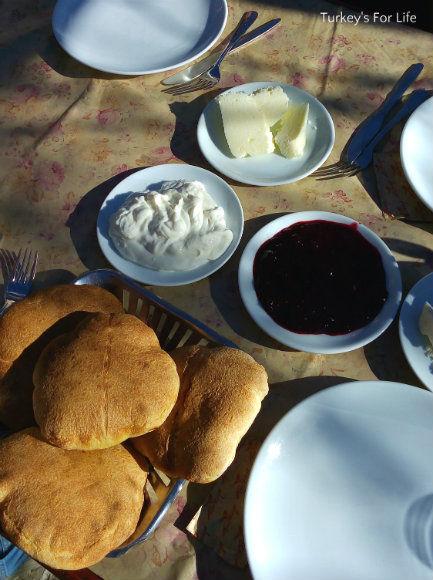 Kırkpınar Restaurant Village Bread