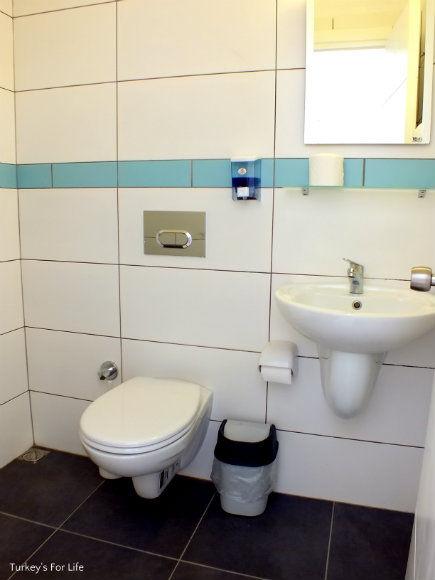 Ağan Pension En Suite Bathroom