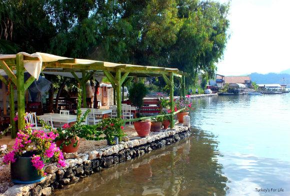 Üçağız Harbour Restaurants