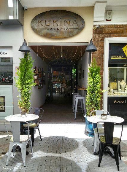 Kukina Caferia Entrance