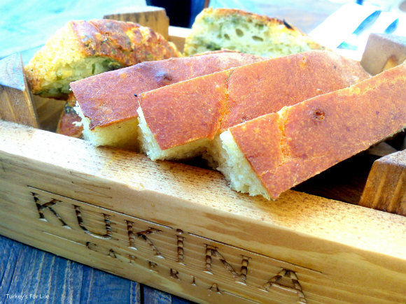 Kukina Caferia Homemade Bread
