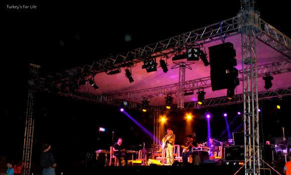 Fuat Saka At Roots Music Festival