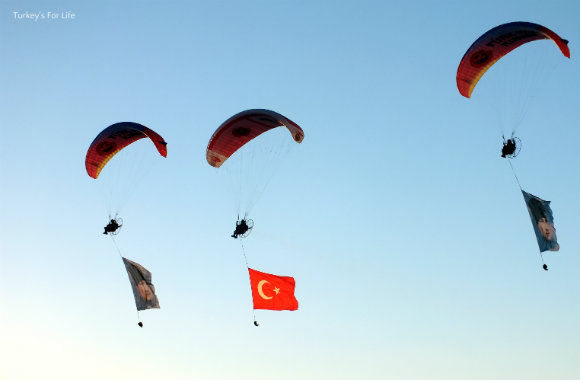 Paramotors At The Ölüdeniz Air Games