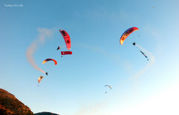 Paramotor Display In Ölüdeniz