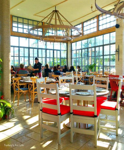 Çarıklı Et Restaurant Interior