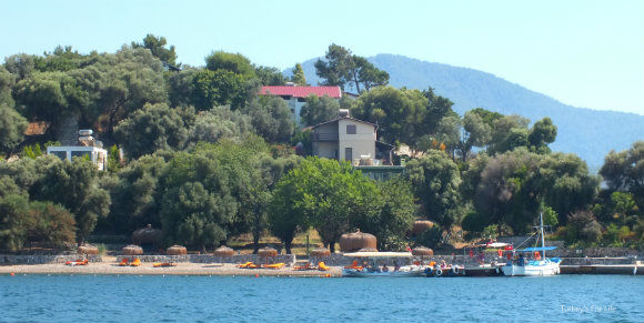Ada Restaurant And Beach Club, Şovalye Island