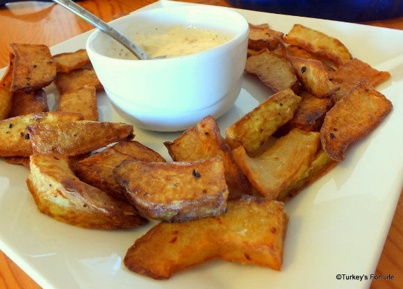 Fried Chayote & Yoghurt Dip