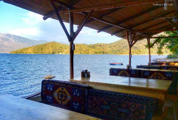 Çeri Restaurant Scenery