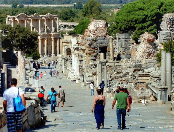 Ephesus Curetes Street