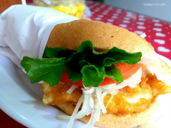 Balık Ekmek At Kırçiçeği Cafe