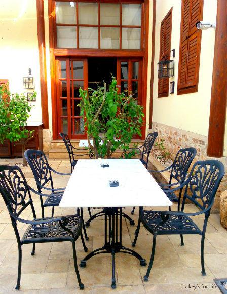 1207 Boutique Hotel Breakfast Area