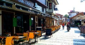 Dubh Linn, Kaleiçi – A Great Pub Atmosphere In Antalya's Old City