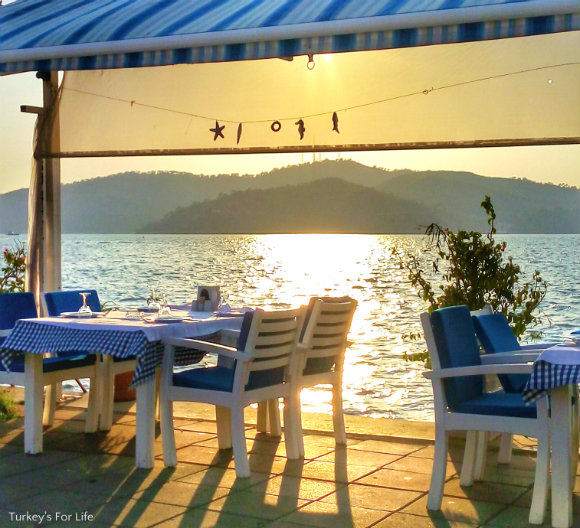 Boğaziçi Restaurant In Summer