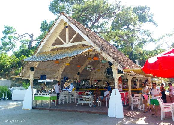 Büyük Boncuklu Beach Bar
