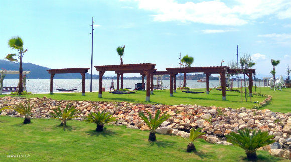 Fethi Bey Park Hammocks