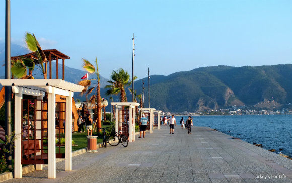 Şehit Fethi Bey Park Harbour