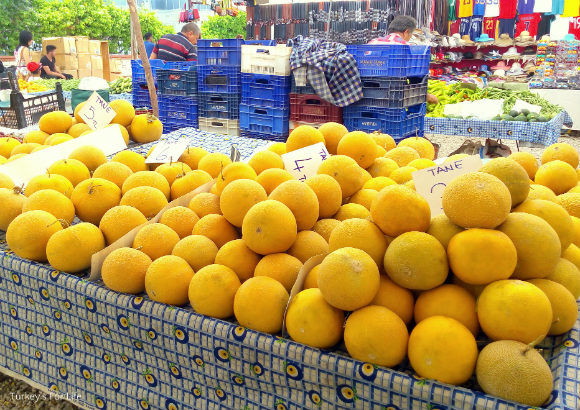 Galia Melon At Çalış Market