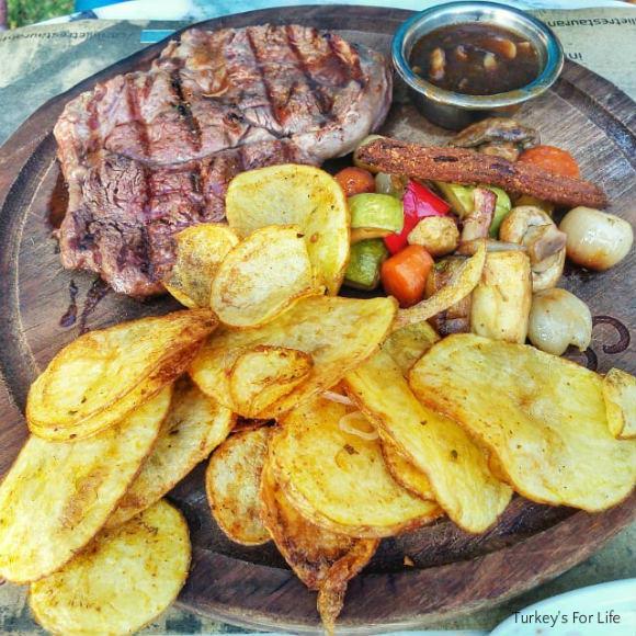 Çarıklı Et Steak