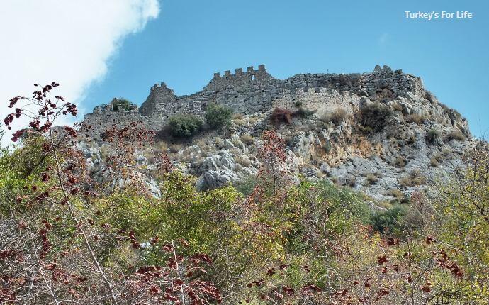 Kaunos Citadel Ruins